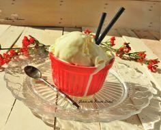 Il Gelato alla Ricotta Dukan ricetta light e senza gelatiera è una ricetta perfetta per un dessert estivo facile, veloce, molto appagante e senza pagare lo scotto della bilancia.