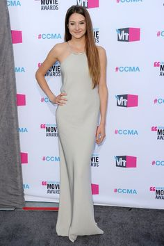 Shailene Woodley.... loved this look on her