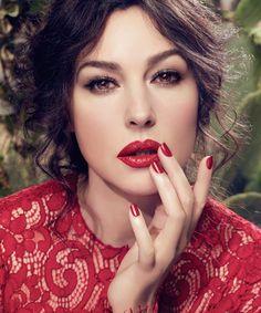 """#Belleza El """"efecto humo"""" con sombras marrones, negras y grises es una de las últimas tendencias."""