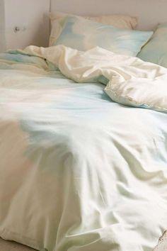 492cd85f8c0 Brooklyn Bedding Vs Casper #HollyWilloughbyBedding Info: 5391446944  #PinItLaterOn Duvet Insert, Bedding Sets