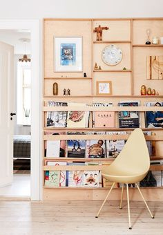 Welcome to the home of Simone Lone Okholm, where she skillfully mix vintage and contemporary Danish design with art and raw. Plywood Furniture, Furniture Ideas, Room Inspiration, Interior Inspiration, Convertible Furniture, Classic Bathroom, Small Apartment Decorating, House Doctor, Danish Design