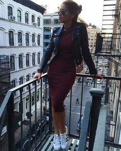 Dark burgundy bodycon dress with a black leather jacket, paired with the Adidas classic kicks. Mode Outfits, Fall Outfits, Casual Outfits, Fashion Outfits, Womens Fashion, Dress Fashion, Outfit Winter, Outfit Summer, Bodycon Outfits