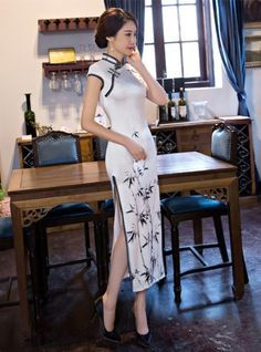 Chinese Clothing Traditional, Traditional Dresses, Asian Style Dress, Oriental Dress, Cheongsam Dress, Japanese Outfits, Collar Dress, Beautiful Asian Girls, Outfit Sets