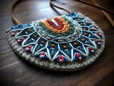 Wool Felt Statement Necklace ø Tribal Geometric Hand Textile Jewelry, Fabric Jewelry, Custom Headbands, Hand Embroidery Projects, Vintage Jewelry Crafts, Art Necklaces, Fabric Necklace, Fabric Beads, Tribal Necklace