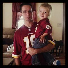 #Redskins fan Greg and his daughter Ava on gameday.