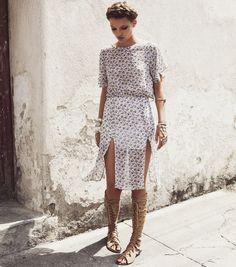 Gladiadora e vestido leve