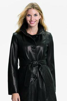 Long Leather Coat, Leather Jacket, Fall Fashion Outfits, Autumn Fashion, Rain Wear, Fashion Story, Sophisticated Style, Fashion Pictures, Leather Fashion