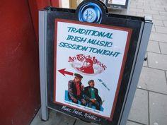 Irische Musik, hier geht´s lang. Foto: Doris Irish Traditions, Ireland, Pure Products, Traditional, Pictures, Irish, Musik