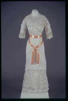 Dress Date Made ca. 1900 Object Number 1994-15-7