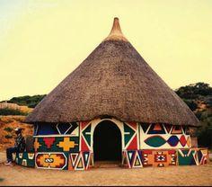Casa Ndebele, África.