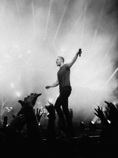 Imagine Dragons <3 Went to their concert last night. BEST night of my life. <3