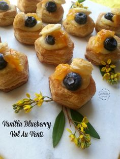 Being spring a cheerful season I thought would be appropriate to prepare Vanilla Blueberry Vol Au Vents with a dash of orange peel preserves.