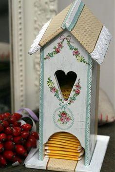 Village_RNB / Nostalgický domček How To Make Tea, Decoupage, Bird, Outdoor Decor, Handmade, Home Decor, Hand Made, Decoration Home, Room Decor