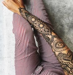 This geometric mandala-filled tattoo sleeve is absolutely gorgeous, and the patterns are so mesmerizing. Via: inkspiringtattoos/Instagram