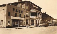 Yale Theatre - OLD SHOT