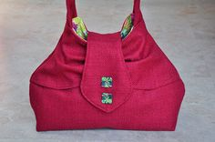 hot pink heavy textured purse pleated with green and pink floral lining by JoannaStanek1, $40.00 #purse #pouch #bag #handbag #shoulderbag #pockets #cute #unquebags #pink #green #women #womensfashion #womensaccessories #womenswear #handmade #handmadegifts #pleatedpurse