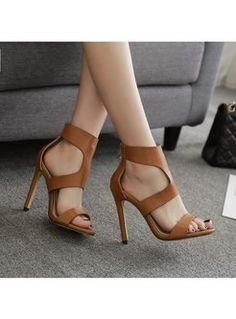 Black High Heels, High Heels Stilettos, Stiletto Heels, Brown Heels, Brown Heeled Sandals, Pointed Heels, Black Shoes, Frauen In High Heels, Sneaker Outfits