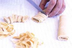 Make this delicious pasta and taste for yourself why so many people prefer the fresh, home-made variety.