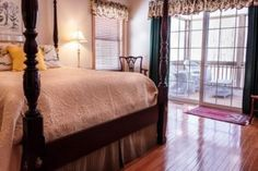Fibromyalgia is frequent issue for obstructive sleep apnea patients - EmaxHealth Furniture Decor, Bedroom Furniture, Bedroom Decor, Bedroom Bed, Bedroom Ideas, Master Bedroom, Bedroom Suites, Bedroom Images, Bedroom Carpet