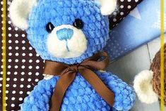 Patrón de ganchillo libre de conejo Amigurumi - Página 4 de 6 - Patrones de amigurumi gratis Crochet Cape, Crochet Shawl, Crochet Vests, Crochet Dresses, Knitted Shawls, Crochet Crafts, Bead Crafts, Crochet Toys, Hairpin Lace Crochet