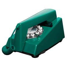 Il a un lokk génial emprunté à ses petits cousins des années 70 anglais. Le TRIM phone tire ses initiales de Tone Ringer Illuminated Model, il est en effet le premier téléphone utilisant une sonnerie électronique plutôt que la cloche traditionnelle. Egalement disponible en moutarde, bleu/ gris et vert clair. Caractéristiques techniques : voir ci-dessous 55,00 € http://www.lafolleadresse.com/luminaires/2428-trim-phone-telephone-design-vert-canard.html