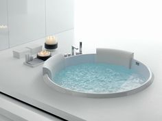 Whirlpool built-in bathtub BOLLA 160 Bolla Collection by HAFRO | design Franco Bertoli