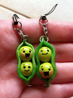 Two Peas in a Pod best friend keychain- Lucy! Polymer Clay Crafts, Diy Clay, Friendship Keychains, Clay Keychain, Biscuit, Bff Necklaces, Clay Charms, Best Friend Gifts, Clay Creations