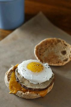 Vegetarian Egg McMuffin | 30 Yummy Vegetarian Takes On Classic Meat Dishes
