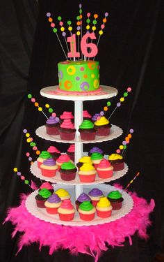 Sweet 16 Cupcakes | Neon Cupcake Tower | birthday cake ideas #sweet16