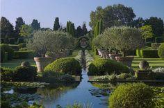 Dominique Lafourcade. Landscape and garden architecture by Stijn Cornilly.