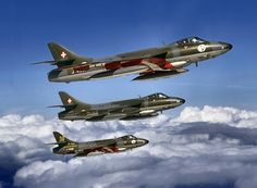 Formation flight Sunday. Hunters.