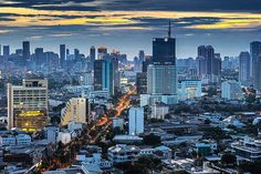 Bangkok skyline - http://www.1pic4u.com/blog/2014/09/06/bangkok-skyline-2/