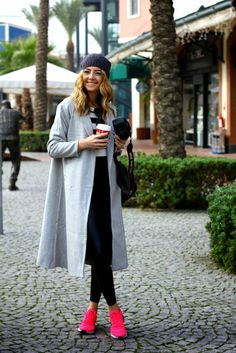 30 ways to add color to your winter outfits - longline gray winter coat + bright pink sneakers