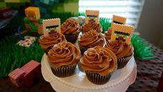 minecraft villager cupcakes, minecraft cupcake, minecraft cake, minecraft birthday