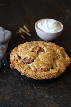 Appeltaart recept Dutch Recipes, Pie Recipes, Sweet Recipes, Baking Recipes, Cookie Recipes, Looks Yummy, Cake Cookies, Cupcakes, Diy Food