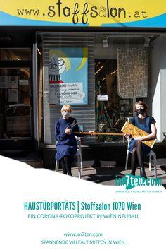 Meine Zielgruppe für die Haustürporträts befindet sich im 7. Wiener Gemeindebezirk: Geschäftsleute und UnternehmerInnen. Diese leiden wirtschaftlich viel mehr unter den Coronamaßnahmen als private Personen. In der Hoffnung, ihnen mit ihren Fotos mehr mediale Aufmerksamkeit zukommen zu lassen, lichtet Michaela Krauss-Boneau sie vor ihren Geschäftstüren ab. * * * #im7ten #neubau #fotografie #haustürporträts #wien #kunstprojekt #corona #gemeinsamim7ten #neubaubringts Foto: Michaela… Michaela, Leiden, Blog, Broadway Shows, Wrestling, Corona, Pictures, Contemporary Fabric, Communities Unit