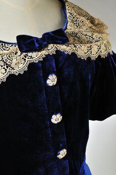 A dress from Harrogate's exclusive Louis Cope shop, 1930s. Simon Miles Photography. Collection: Royal Pump Room/Harrogate Museum.