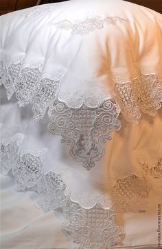 Lacey linen's are a favorite. Bed Cover Design, Lace Bedding, Linens And More, Linen Bedroom, Heirloom Sewing, Fine Linens, Diy Pillows, Bedding Collections, Bed Covers