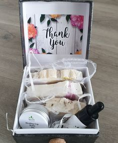 Get Well Soon Gift Box Handmade Cosmetics, Handmade Soaps, Birthday Gifts For Girlfriend, Gifts For Wife, Anniversary Favors, Coconut Soap, Get Well Soon Gifts, Cream For Dry Skin, Vegan Gifts