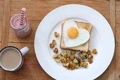 Are you looking for the PERFECT breakfast to treat your man to on Valentine's Day?? Something that is quick, easy and will earn you brownie points?? I have created the CUTEST all about LOVE breakfast…