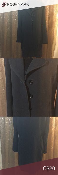 Lined with pockets, in gently used condition with a small amount of pilling (shown in photos). Great coat for fall. Black Mid Length Dress, Mid Length Dresses, Coat Dress, Jackets For Women, Pockets, Coats, Fall, Photos, Closet