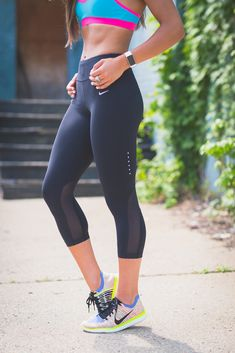 nike workout gear, nike activewear, nike women flyknit, cute workout outfit, running routine, girl gains, fitness inspiration, athleisure // @asoutherndrawl
