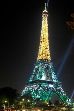 Paris, the night the Springboks (Green & Gold) from South Africa won the world cup rugby at the Stade de France