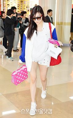 Tiffany ; cool airport fashion