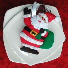 Christmas Projects, Christmas Themes, Diy And Crafts, Christmas Crafts, Christmas Ornaments, Christmas Baby, Christmas Holidays, Xmas Table Decorations, Cutlery Holder