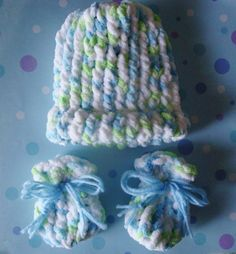Loom Knitted Infant's Hat and Mitts. The link is to the hat. The link to the mitts can be found here: https://www.youtube.com/watch?v=3nmXgr5PAvM