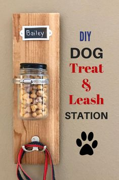 DIY Dog Treat & Leash Station with Milk-Bone dog projects Diy Pet, Diy Dog Toys, Homemade Dog Toys, Dog Treat Toys, Dog Treat Bag, Cute Dog Toys, Diy Pour Chien, Diy Dog Treats, Diy Dog Gifts