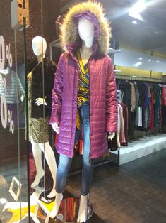 Winter Jackets, Vest, Fashion, Winter Coats, Moda, Winter Vest Outfits, Fashion Styles, Fashion Illustrations