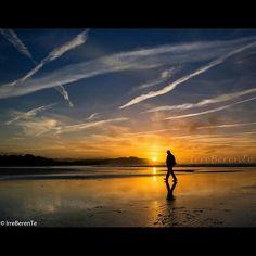Walk of Life IrreBerenTe emoji All rights reserved emojiMerón,San Vicente de la Barquera,Cantabria,Spain. #cantabria #sanvicentedelabarquera #spain_beautiful_landscapes #spain_gallery #beach #sunset #sunsetexposure #sky #ok_sunset #ig_spain #estaes_cantabria #ig_cantabria #1001silhouette #silhouette #alalamiya_sunset #skys_sunsets #collection_silhouette