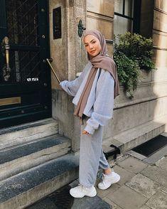 Hijab Fashion 763993524273817544 - Source by savagebarbzz Modest Fashion Hijab, Modern Hijab Fashion, Muslim Women Fashion, Street Hijab Fashion, Islamic Fashion, Hijab Chic, Hijab Outfit, Hijab Dress, Hijab Mode Inspiration